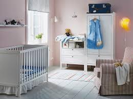 chambre bébé pratique pratique et joli et tout le monde dort mieux ikea