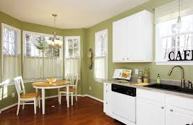 Window Treatments For Bay Windows In Dining Rooms Dining Room Breakfast Nook Decorating Idea With Rustic Table And
