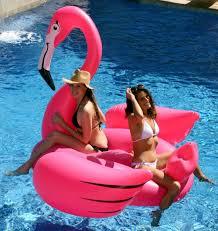 amazon com kangaroo u0027s gigantic flamingo pool float 80