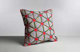 coussin imprime coussin tissu imprimé wrong for hay trentotto mobilier