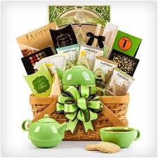 unique gift basket ideas https i pinimg 736x 28 42 4f 28424fd44b2c348