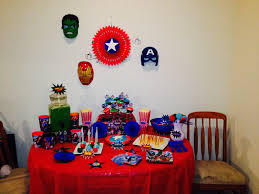 avengers party table set up briannas10thbirthday party ideas