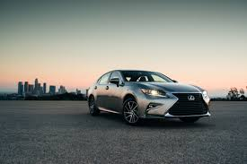lexus es300h specials 2016 lexus es ups the wow factor with refreshed style and advanced