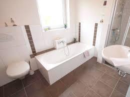 Badezimmer Badewanne Dusche Badezimmer Mit Dusche Und Badewanne Haus Design Ideen