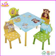 table et chaise pour b b 2015 mignon animaux en bois de table et chaise jouet pour enfants