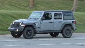 entire 2018 jeep wrangler lineup photographed on road 40 images
