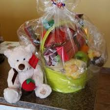 edible gift baskets edible arrangements 14 photos florists 2205 e oakland ave