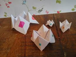 what to write on a paper fortune teller how to make a paper fortune teller video mum s the word paper fortune teller