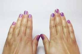 manicure care of your hands and nails how to paint your nails with the opposite hand 15 steps