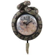 amazon com southwestern rattlesnake wall clock with snake rattler