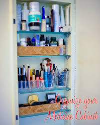organize medicine cabinet organize your medicine cabinet fashionable hostess