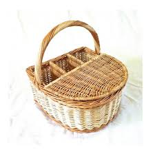 wine picnic baskets best 25 wine picnic basket ideas on picnic ideas