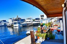Sleepless In Seattle Houseboat by Seattle Houseboat Swan Song Sold Special Agents Realty