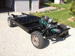 renault 4 engine chassis renault 4l vespamore pinterest wheels and cars