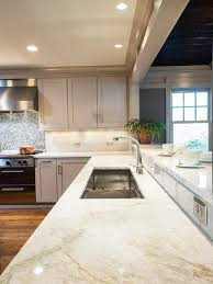 Tile For Kitchen Countertops by Best 25 Taj Mahal Quartzite Ideas On Pinterest Granite Kitchen