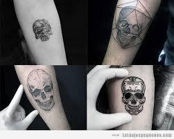 imagenes de calaveras hombres tatuajes pequeños en el antebrazo para hombre 45 diseños para ti