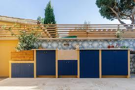 outdoor kitchen cabinet doors diy 8 best diy outdoor kitchen plans