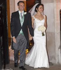 wedding dress chelsea carneiro who is suing chelsea s jose mourinho marries in