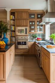tiles backsplash kitchen best 25 kitchen tile backsplash with oak ideas on pinterest