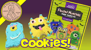 Decorated Halloween Sugar Cookies by Halloween Frosted Monsters Sugar Cookie Decorating Kit Youtube