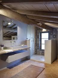 la segreta farmhouse in italy 21st century modernity meets old