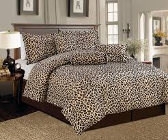 Bedroom Ideas With White Down Comforter Cheetah Print Bedroom Ideas Bedroom Ideas