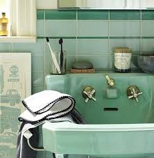Vintage Bathroom Design Colors 193 Best Small Bathrooms Images On Pinterest Bathroom Ideas