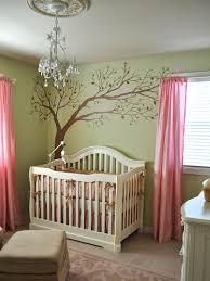 chambre bébé arbre chambre enfant chambre bébé fille murs vert pâle sticker muraux