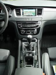peugeot 508 2014 file peugeot 508 facelift interior 4 jpg wikimedia commons