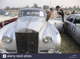 roll royce pakistan pakistan 19th nov 2016 visitors take keen interest in antique