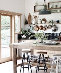 cuisine ancienne idée relooking cuisine modele de cuisine ancienne cagne avec