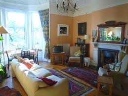 the livingroom edinburgh rosslyn crescent spacious victorian two bedroom apartment in