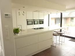 plan de travail cuisine blanc laqué merveilleux peinture blanc laque brillant 3 cuisine blanc mat pas