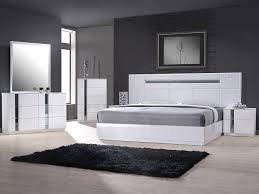 Modern Platform Bed Modern Platform Bed With Lighted Headboard