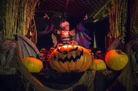 Slender Man Halloween Costume Slender Man Halloween Costume Horrifies Wisconsin Town