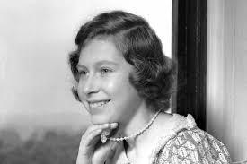 queen elizabeth ii was a bookworm in her u002740s princess days photo