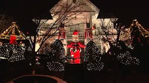 dyker heights brooklyn christmas lights dyker heights lights up for christmas christmas lights lights and