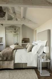 exemple de chambre style cagne chic pour un intérieur authentique et chaleureux