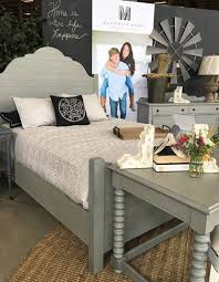 288 best hgtv fixer upper chip u0026 joanna gaines images on