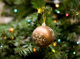 Where To Buy Christmas Tree Ornaments How To Pick The Best Artificial Tree Southern Living