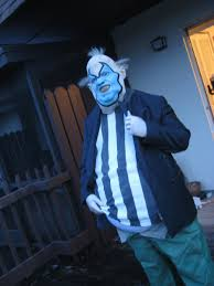 Spawn Costume On The Porch Spawn Clown By Happysteak On Deviantart