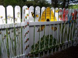 painted fence gracie and gavin said i should paint the bees