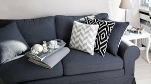 coussin pour canapé gris coussin noir à petits prix ventes priivées westwing