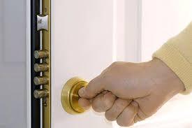 Open Locked Bedroom Door Lock My Bedroom Door From The Outside Best Way To Lock Bedroom