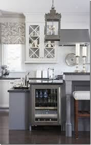 Lantern Lights Over Kitchen Island by 150 Best Chandeliers Images On Pinterest Chandeliers Lighting