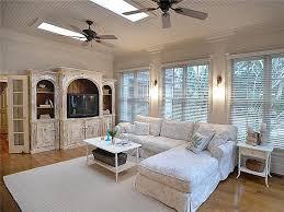 Trisha Bedroom Southern Star Trisha Yearwood Selling Country House Near Nashville