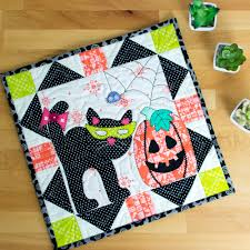 show off saturday a peek at our october mini quilt u2014 sewcanshe
