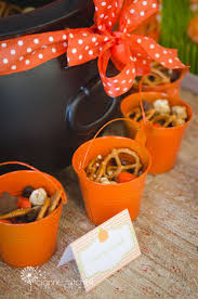 Fall Halloween Party Ideas by 261 Best Halloween U0026 Fall Images On Pinterest