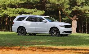 jeep durango 2008 2018 dodge durango pictures photo gallery car and driver