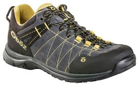 oboz fall u002718 line highlights men u0027s trail to town shoes and